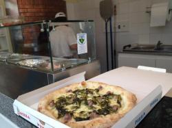 1486543734_pizzeria-due-fratelli-gorgonzola-06.jpg