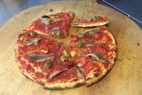 Anchovies, Tomato and Green Olive Pizza