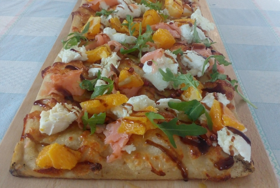 Salmon, Orange, Buffalo mozzarella and Arugula Pizza